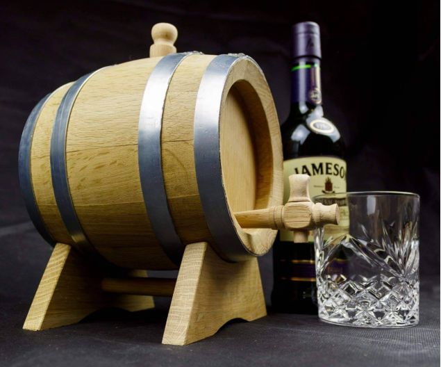 Personalised Solid Oak 1 Litre Whiskey or Wine Barrel