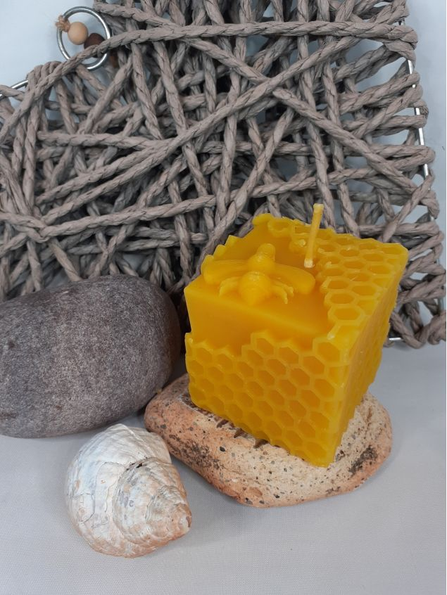 Beeswax Cube Candle with Bee and Honeycomb Design