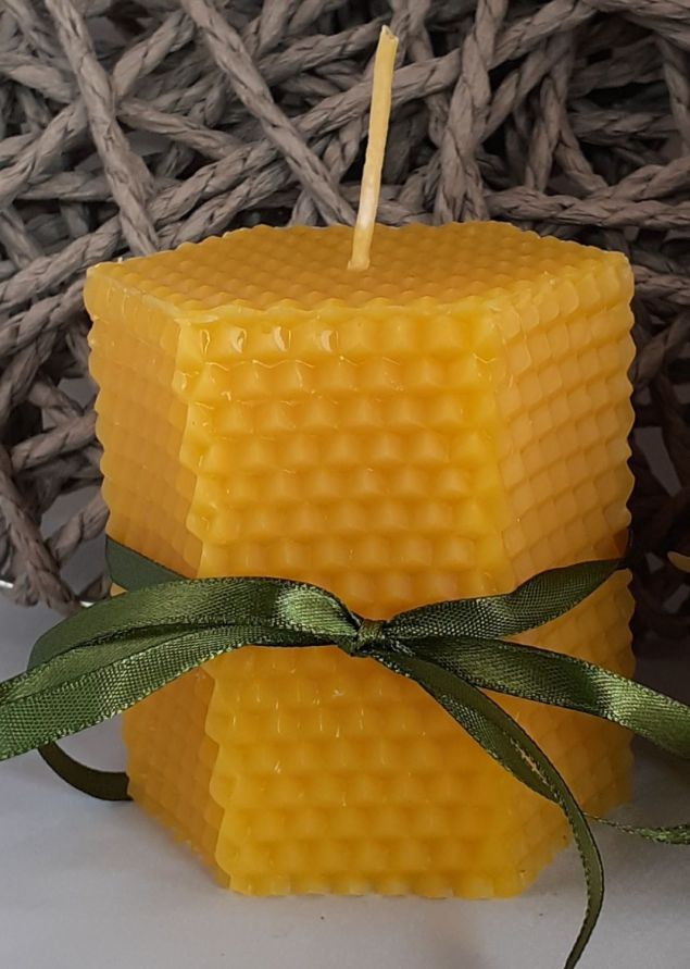 Hexagonal Honeycomb Beeswax Candle 8cm in Height